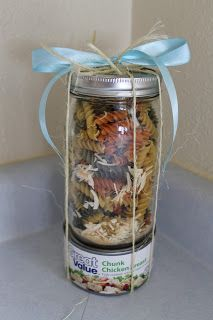 Cook and Craft Me Crazy: Soup in a Jar Gift - Gift Jar Dry Soup Mix, Soup Mixes, Canning Jars, Canning Recipes, Jar Recipes, Mason Jar Mixes, Mason Jars, Jar Food Gifts, Gift Jars