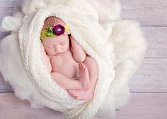 Przepiękna sesja noworodkowa w Łodzi tej oto kruszynki skradła nie tylko moje serducho :) #sesjanoworodkowałódź #sesjanoworodkowalodz #fotografianoworodkowałódź #fotografianoworodkowalodz #fotografnoworodkowyłódź #fotografnoworodkowaylodz #fotograficznemarzenia http://fotograficznemrzenia.pl