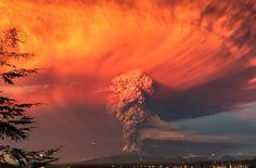 Rauch, Asche, Licht - Vulkan Calbuco, Chile. April, 2015