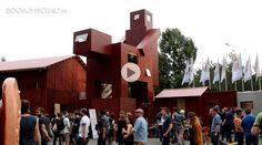 """Die Großinstallation """"The Good, the Bad and the Ugly"""", erschaffen vom niederländische Atelier Van Lieshout, Herz der Ruhrtriennale, Jahrhunderthalle Bochum."""