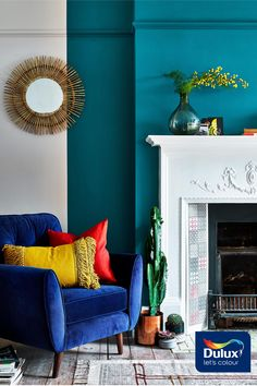 Opulent Teal Lux paired with a warm neutral will create an inviting reading corner. Teal Rooms, Navy Living Rooms, Paint Colors For Living Room, Teal Grey Living Room, Teal Accent Walls, Teal Walls, Teal Kitchen Walls, Family Room Design, Dulux Paint Colours Teal