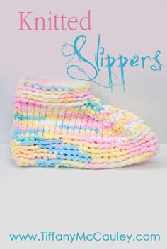 Bedroom Slippers, Baby Slippers, Knitted Slippers, Baby Patterns, Knitting Patterns Free, Knit Patterns, Knitting Socks, Baby Knitting, Knit Socks