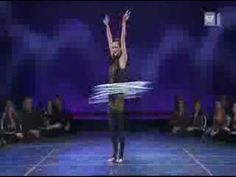 ▶ Sexiest Performer - You won't close your eyes for a while!!! - YouTube Sexy, smexy - the lady's got some serious coordination and muscle control going here!