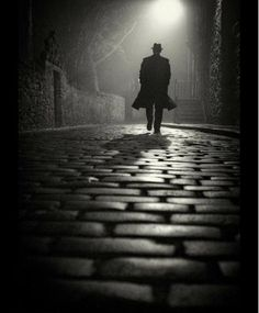Man with hat walking by night Bnw black and white photography night inspiration art streetphotography street photo Photo by Film Noir Photography, Art Photography Portrait, Shadow Photography, Dark Photography, Night Photography, Creative Photography, Black And White Photography, Street Photography, Landscape Photography