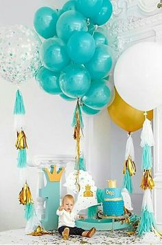 First Birthday Party Decor Balloon Decorations, Birthday Party Decorations, Party Themes, Ideas Party, 1st Birthdays, First Birthday Parties, Party Fiesta, Baby Boy Birthday, Partys