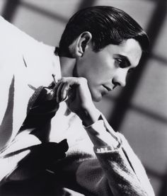Tyrone Power. Love him.