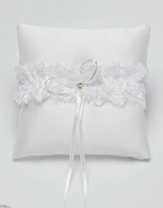 This is a pretty ring cushion with a bow and single swarovski crystal in the centre. Perfect for your wedding.