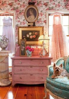 Love this bohemian room!!! Bebe'!!! Love the dresses used instead of curtains!!! Really neat room!!!