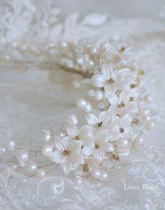 pearls comb / peineta de porcelana y perlas | Lena Rom