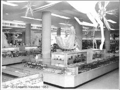 Habana, Cuba. Tienda El Encanto en la  Navidad de 1953.