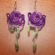 #roseearrings #tatted #earrings #tatting #rose #jewelry Tatting Earrings, Tatting Jewelry, Rose Earrings, Tatting Patterns, Lace Patterns, Crochet Patterns, Needle Tatting, Tatting Lace, Crochet Bracelet