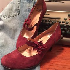 SALESofft Suede Mary Janesnew! These Sofft, burgundy suede shoes are beautiful & in perfect shape! They are a 9 1/2 and too big for me! NUTS! My loss your gain.  Sofft Shoes Heels
