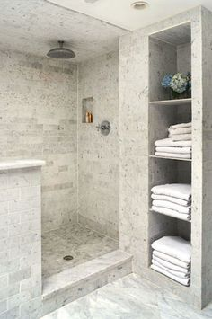 50 Exciting Tips And Tricks Bathroom Storage Shelves Organization Ideas - Page 14 of 50 Bathroom Storage Solutions, Bathroom Storage Shelves, Towel Storage, Bed Storage, Bathroom Organization, Best Bathroom Tiles, Modern Bathroom, Bathroom Ideas, Bathroom Mirrors