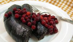 Stekt blodkorv - Mustamakkara Mustamakkara (literally black sausage) is a type of Finnish traditional blood sausage, very similar to black pudding. It is nowadays available in many stores across Finland, but is held in the position of local delicacy an