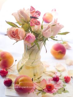 """""""Like"""" this if you got some gorgeous flowers from your sweetie today.  And tonight (February 14th), find out the """"Flower Language"""" - just what do those roses mean?"""