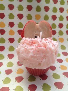 Macintosh Apple Scented Cupcake Candle