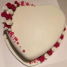 Happy birthday to you Happy Birthday Jaan, Happy Birthday Dear Sister, Happy Birthday Cake Photo, Birthday Wish For Husband, Cake Name Edit, Heart Shaped Birthday Cake, Wedding Cake Cookies, Heart Cakes, Mom Cake