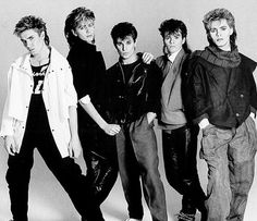 Roger Taylor of Duran Duran turns 49 today! Duran Duran, left to right: Simon Le Bon, John Taylor, Roger Taylor, Andy Taylor and Nick Rho. John Taylor, Roger Taylor, Simon Le Bon, Nick Rhodes, Rick Astley, Birmingham, 80 Bands, Cool Bands, Freddie Mercury