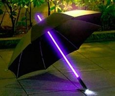 MULTI COLOUR LED LIGHT UMBRELLA. Cool gift idea! Check out the video and get it here at quickhidemywallet.co.uk