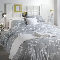 Designer duvet cover set | 144 Thread count | Rich colour | Matching pillowcase(s) | Durable | Easy Care