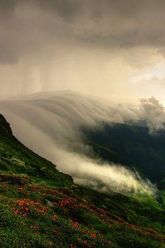 wasfuereinewunderbarewelt:  nordvarg:  Rodnei, Romania \\Lazar Ovidiu