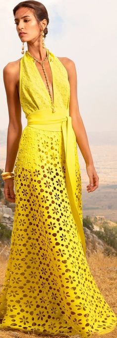 Yellow Fashion, Love Fashion, Fashion Looks, Couture Fashion, Runway Fashion, Womens Fashion, Classy Outfits, Stylish Outfits, Pretty Dresses