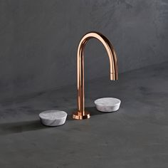 A world away from traditional taps, Zen is a pure, architectural expression of form. Designed for bathrooms, showers and kitchens, the 54 piece collection offers almost infinite choice - with the distinctive signature handles in metal, marble and onyx and the brassware in 15 finishes including polished nickel, copper, vintage brass and pewter thewatermarkcollection.eu