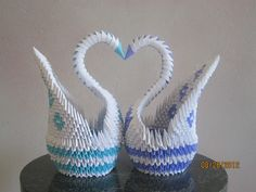 3D+Origami | Carrisa's Awesome Possum Blog: 3D Origami Love Swans