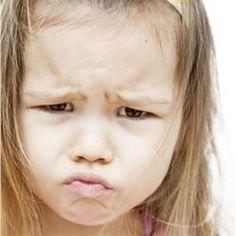 Γκρίνια: Σταματήστε την με 6 απλούς τρόπους! Kids And Parenting, Children, Face, Yoga Pants, School Ideas, Toddlers, Education, Girls, Young Children