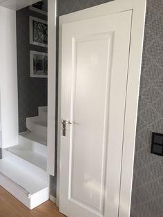 drzwi drewniane białe