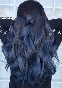 30 Brilliant Blue Ombre Hair Color Ideas Youll Love Try Hair Dye Colors, Ombre Hair Color, Cool Hair Color, Blue Ombre, Blue Hair Dyes, Ombre Hair Dye, Indigo Hair Color, Trendy Hair Colors, Short Ombre