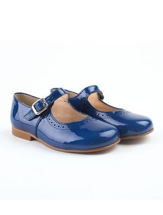 classic brogues patent leather shoes with buckle