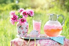 19 Ideas House Party Drinks Alcohol Pink Lemonade For 2019 Party Drinks Alcohol, Alcoholic Drinks, Cold Picnic Foods, Limonade Rose, Pink Lemonade Recipes, Homemade Lemonade, Horchata, Good Afternoon, Afternoon Quotes
