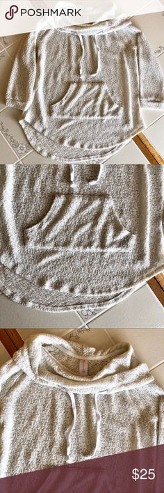 No Boundaries Comfy White Eggshell Knitted Sweater No Boundaries Comfy White Eggshell Knitted Sweater, pocket in the front, draw string, half sleeve, 22 inches in length, 17.5 inch sleeve length, size large 11-13 No Boundaries Sweaters Shrugs & Ponchos