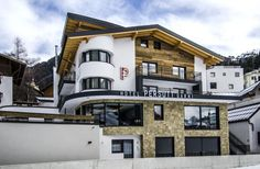 Offering rooms with mountain views Garni Persutt is set in Ischgl 656 feet from Silvrettabahn 984 feet from Ski Elevator Fimbabahn and 1312 feet from. Hotel Garni Persutt Ischgl Austria R:Tyrol hotel Hotels Hotels, Innsbruck, Mountain View, Austria, Wi Fi, Skiing, Mansions, House Styles, Architecture