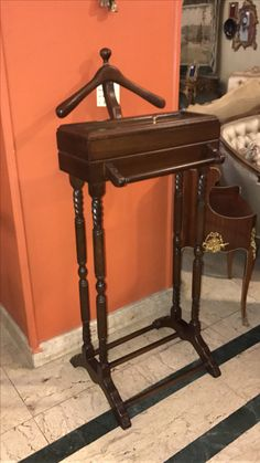 Valet stand from beechwood