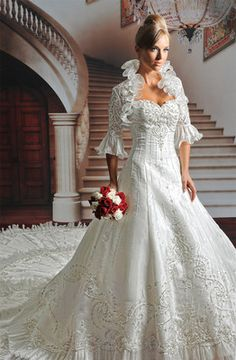 My favorite Bridal gown of all times! Make it yours today. Make an offer, it is brand new never tried on...liquiditing my stock. check out my other items on my ebay store. and share the link + repin
