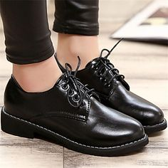 Sapato Feminino Oxford Jeans Fechado Com Cadarço Patrão