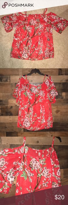 """Women's sheer cold shoulder top Such a beautiful spring top!  Color: coral with pretty floral detail🌷  Note: No tag so Buyer is responsible for reading description below of measurements and making sure this will be a correct fit.  I don't know the brand but measurements are as follows: (all taken while laying flat)  According to these measurements it should fit like a women's size L (14-16) Bust: 19.5"""" Length: 23"""" Sleeve length: 12"""" Shoulder strap length: 6"""" Tops"""