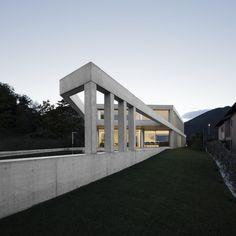 Architects Directory 2020: DF_DC, Switzerland and UK Lugano, Concrete Houses, Concrete Floors, Hillside House, Villa, Basement House, Small Basements, Roof Plan, Concrete Design