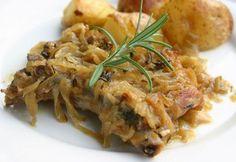 Sült hagymás tarjaszeletek Gnocchi, Curry, Pork, Meals, Chicken, Recipes, Kale Stir Fry, Curries, Meal