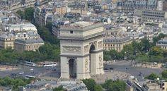 Arc de Triomphe (Paris, France) - view from the Eiffel Tower Romantic Paris, Beautiful Paris, Paris France, Places To Travel, Places To See, Travel Destinations, Eiffel Tower Pictures, Gaulle, Paris Pictures