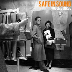 "Mixtape des Tages: BeatPete aus Berlin bringt uns heute ""Safe in Sound"" Volume Three an den Start.  Jazzy HipHop Fusion im Full-Vinyl-Mix. Gönn es dir.   Third edition of the SAFE IN SOUND vinyl mix series featuring tracks from  Caldera, Stanley Clarke, Charlotte Dos Santos & Fredfades, Freddy Hubbard,  The Awakening, TY, Black Milk & Nat Turner, Gary Wilson, Marlena Shaw,  Yesterdays New Quintet, Agustin Pereyra Lucena, Quarteto Em Cy, J Dilla, Jack McDuff, Eddie Fisher, Roc Marciano, DJ…"