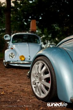 Porsche wheels are inextricably linked with the aircooled VW scene - 911 Fuchs alloys have adorned Bugs, campers and Karmann Ghias from ti. Porsche Wheels, Car Wheels, Vw Accessories, Volkswagen Karmann Ghia, Vw Vintage, Combi Vw, Old Classic Cars, Vw Cars, Transporter