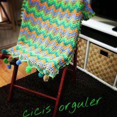 Hemen teslim battaniyesipariş için DM den ulaşabilirsiniz #knitting #knitting_inspiration #knittinglove #i_loveknitting #blanket #crochetblanket #knit05 #örgü #battaniye #tığişi #örmeyiseviyorum #babyblanket #livingcrochet #patik #bebekpatik by cicisorguler