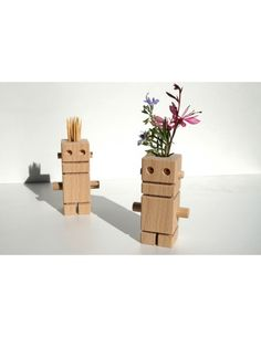 Robot en bois de hêtre - Pee-wee - www.woodinsanedesign.com