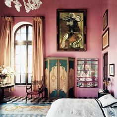 Have you ever heard about the Palazzo Chupi, a pompeii-red palazzo build on top of a factury building on the western edge of Greenwich village?  Welcome in Julian Schnabel's home in NY!  Robert Polidori #palazzochupi #julianschnabel #condo #newyork #greenwichvillage #robertpolidori