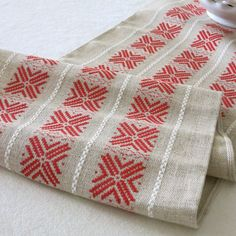 Christmas Linen Table Runner in Red and by BarkingSandsVintage
