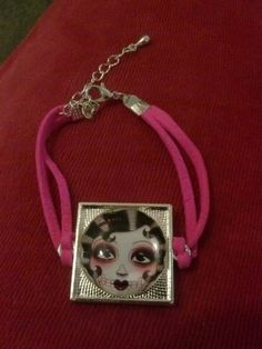 Check out this item in my Etsy shop https://www.etsy.com/listing/223301025/betty-boo-sugar-skull-bracelet-1