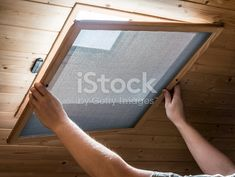 Téléchargez dès aujourd'hui la photo Installation Maison Mosquito Net Sur Velux Fenêtre Au Plafond. Trouvez d'autres images libres de droits dans la collection d'iStock, qui contient des photos de 2015 facilement téléchargeables.